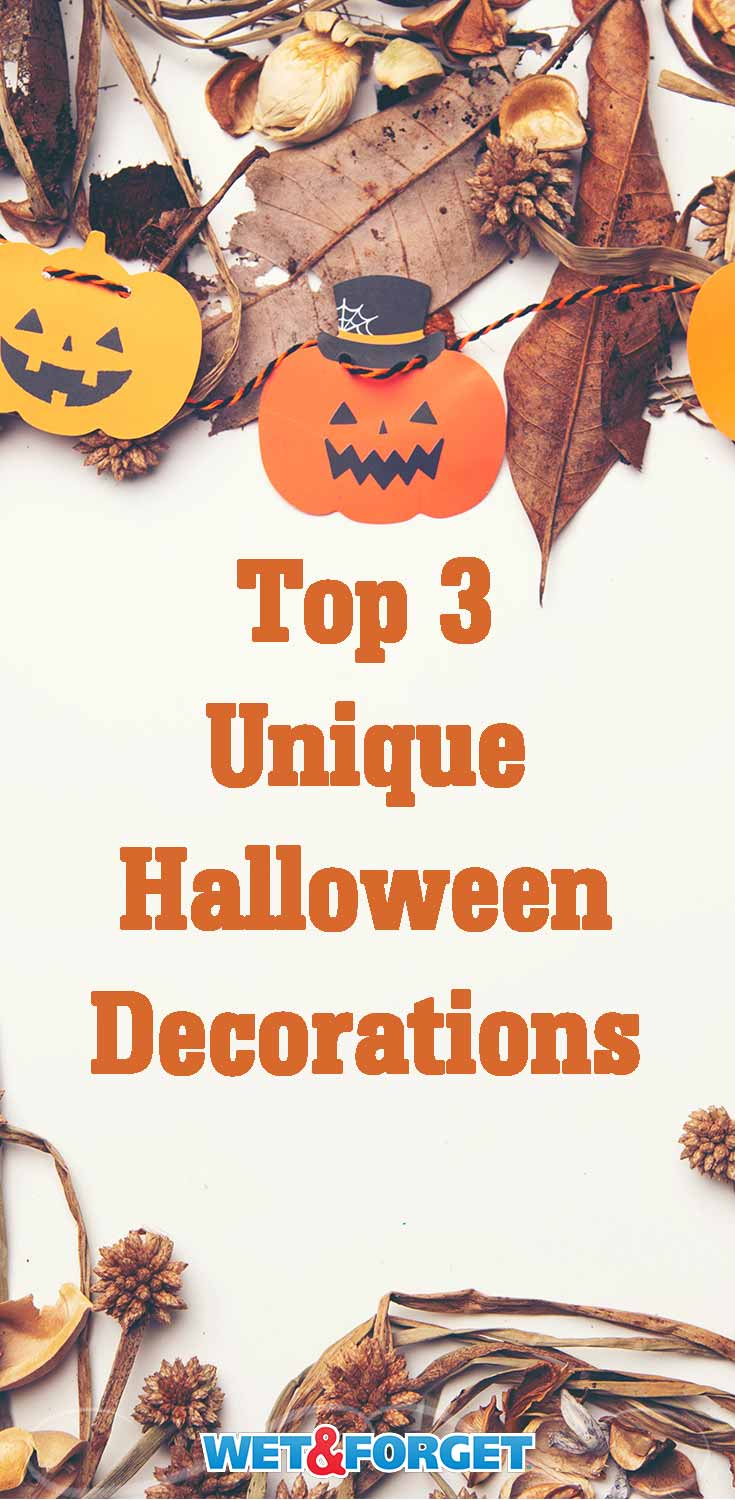Looking for new Halloween decorations this fall? Try out one of these clever DIY Halloween decor ideas!