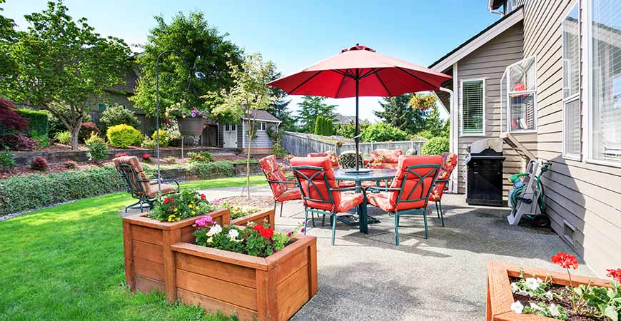 Get your backyard ready for spring with our quick tips!
