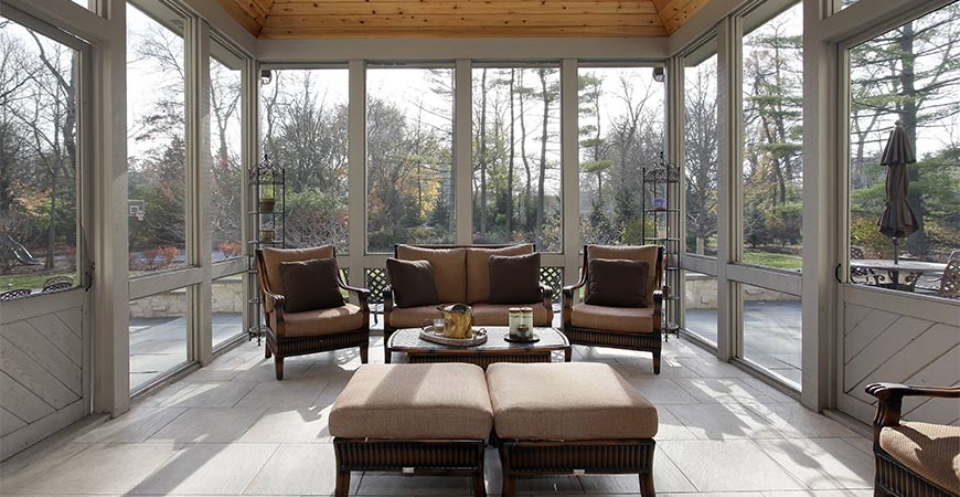 Is a screened in porch right for your home? Find out with our guide!