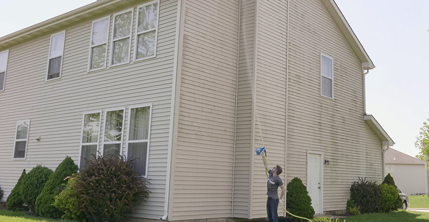 Clean up green and black stains on your siding with Wet & Forget