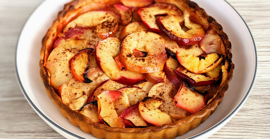 apple bloosm tart thanksgiving dessert