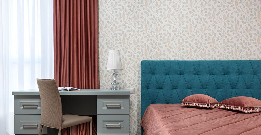 Neutral colored patterned wall paper