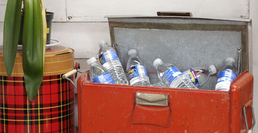 Try making this nifty cooler for your next backyard DIY project.